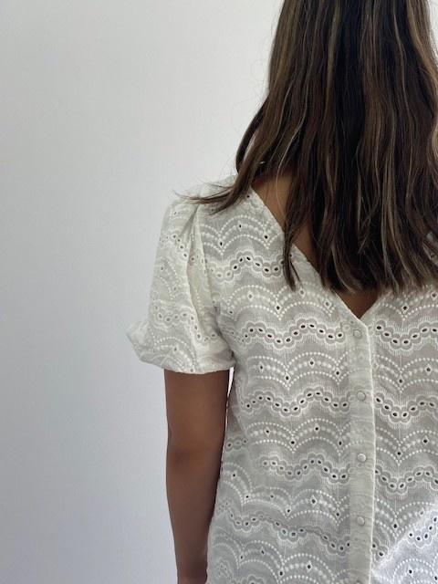Renata s/s broderie ballonsleeve blouse White-3