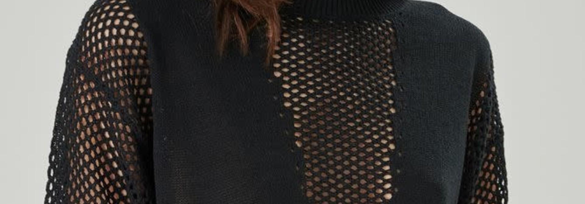 Delia pullover Black