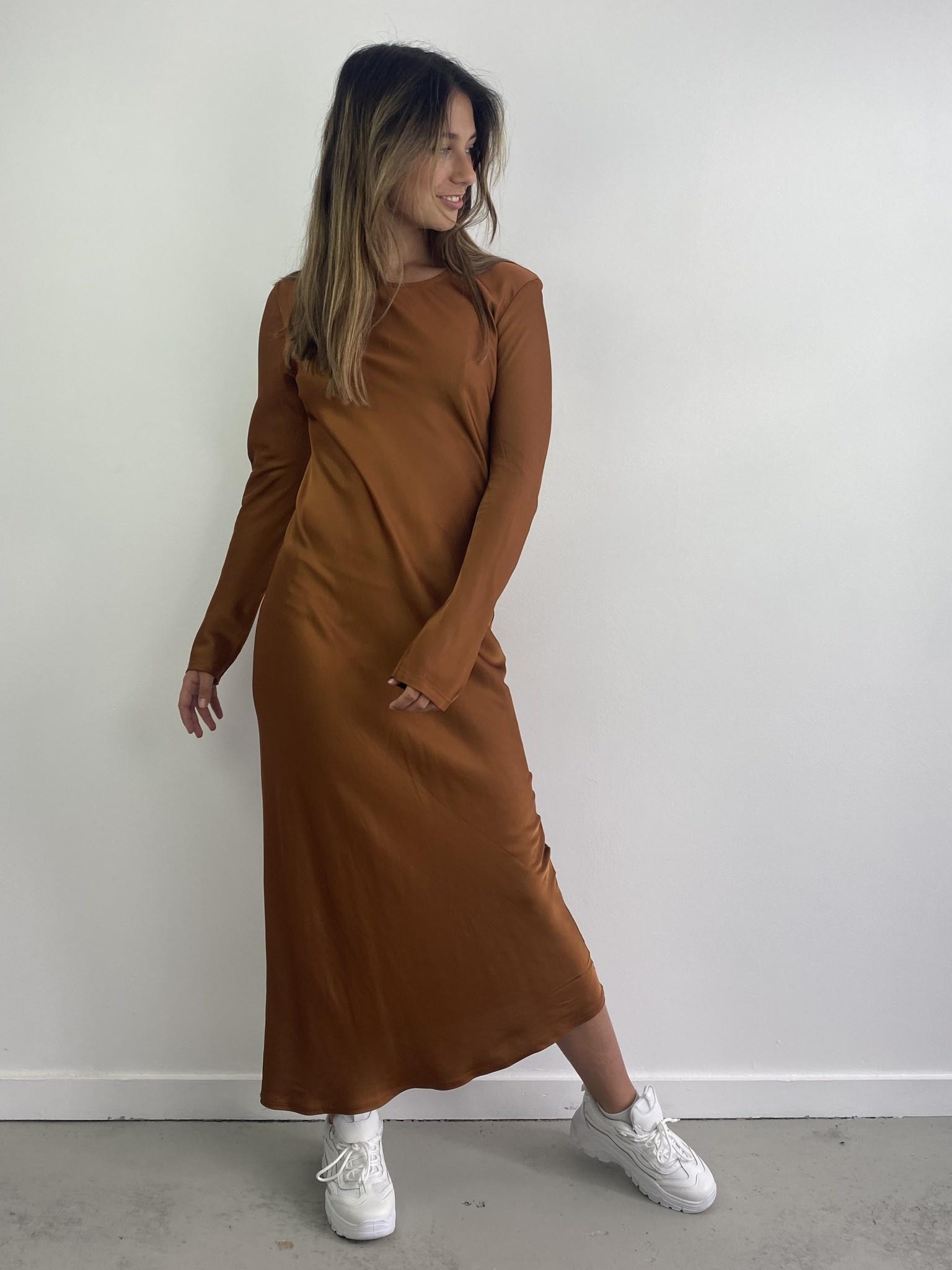 Sidone satin long dress Camel-1