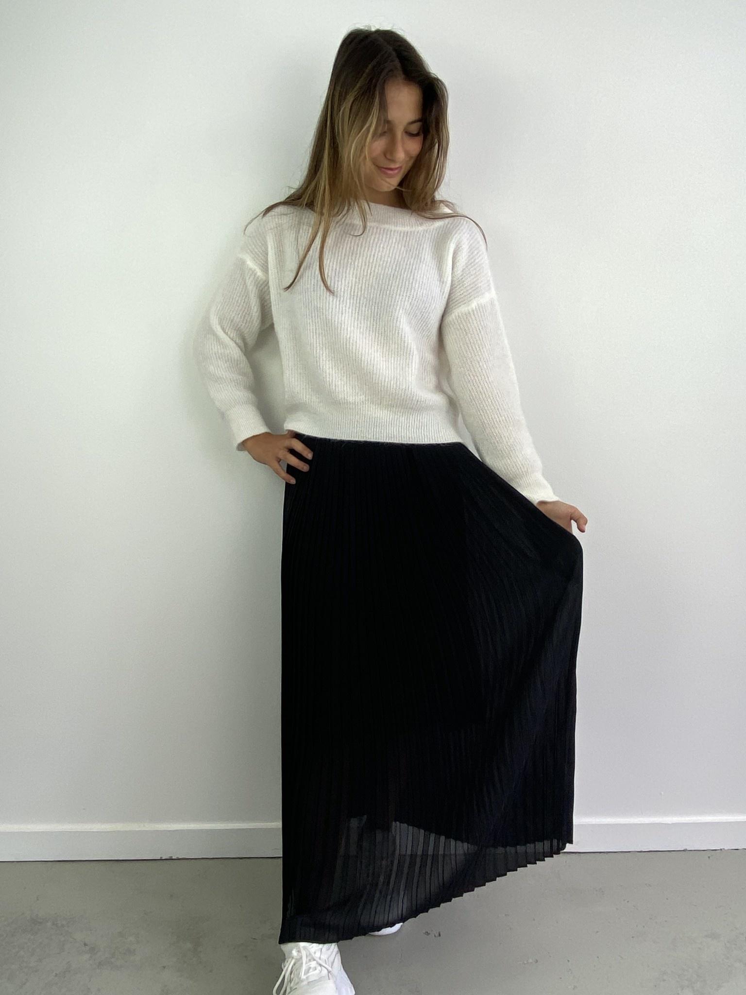 Emanuelle pleated skirt Black-3