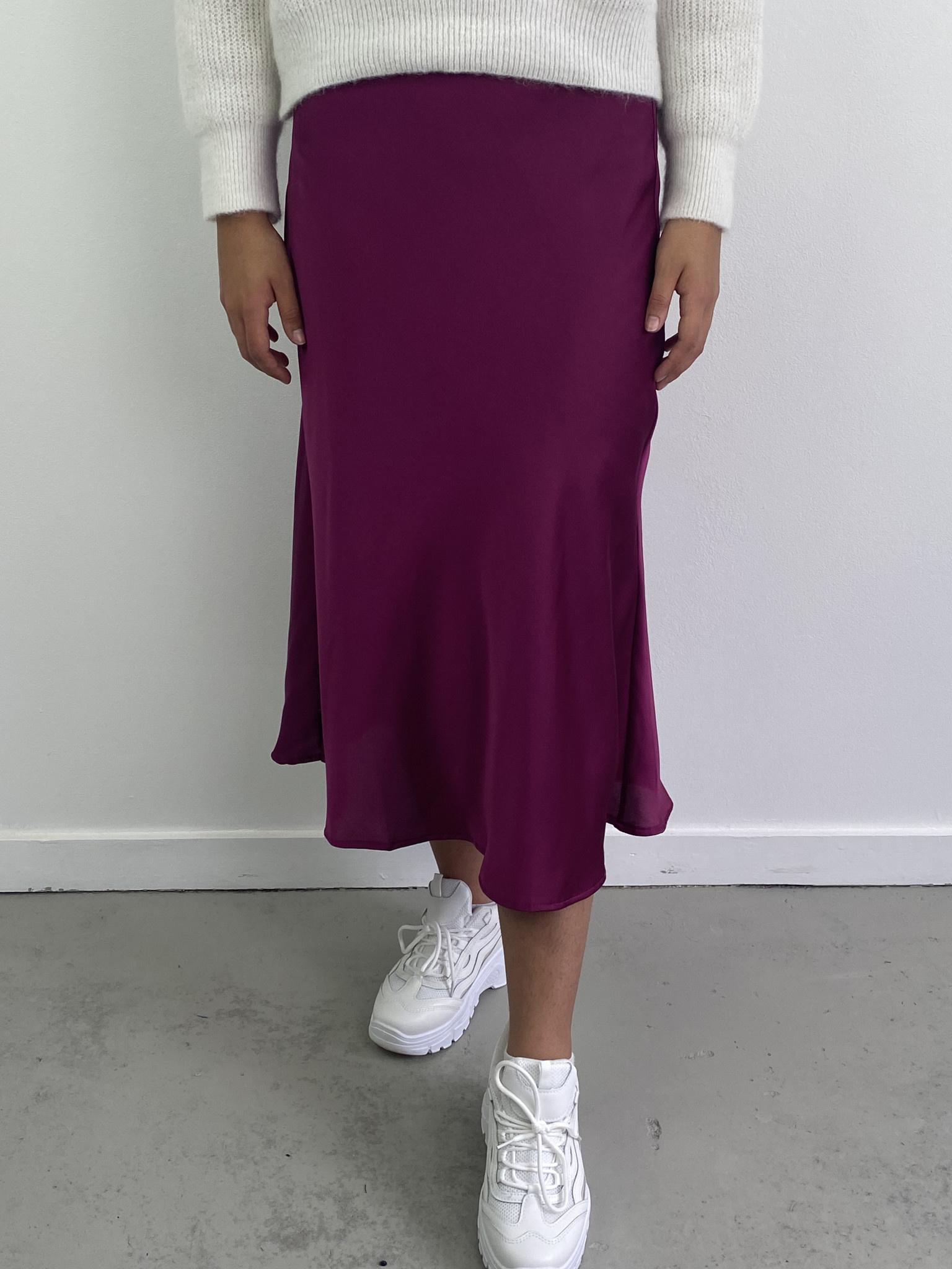 Jenna midi satin skirt Violet-1