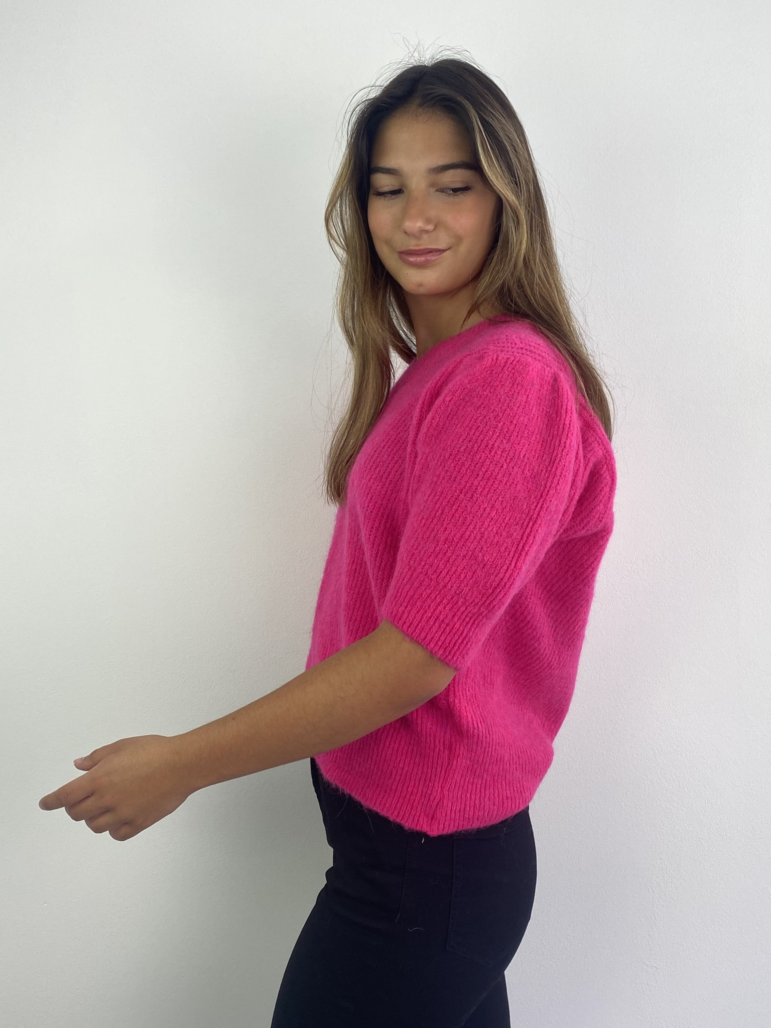 Katey soft knitted t-shirt Fushia-2