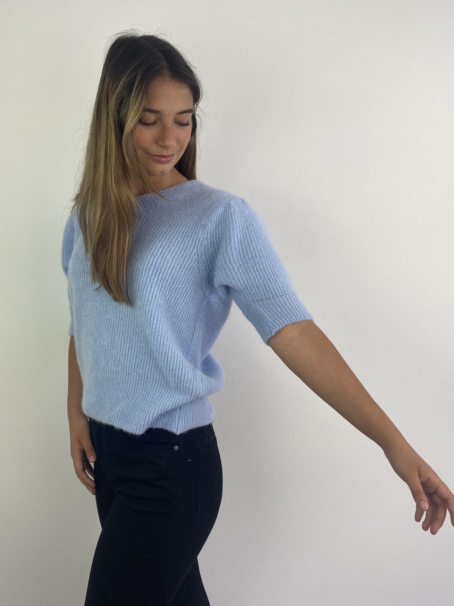 Katey soft knitted t-shirt Light Blue-2