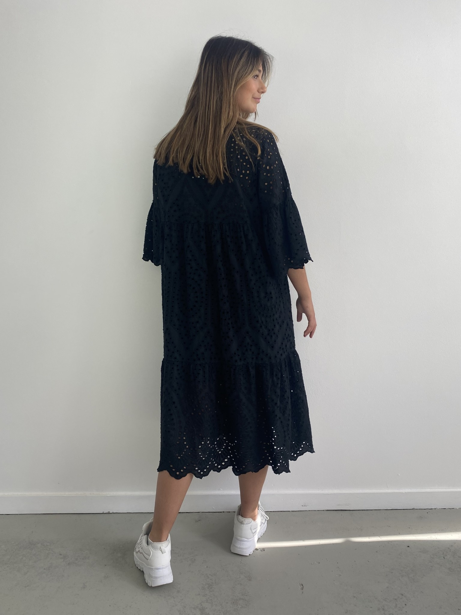 Patley broderie midi dress Black-3