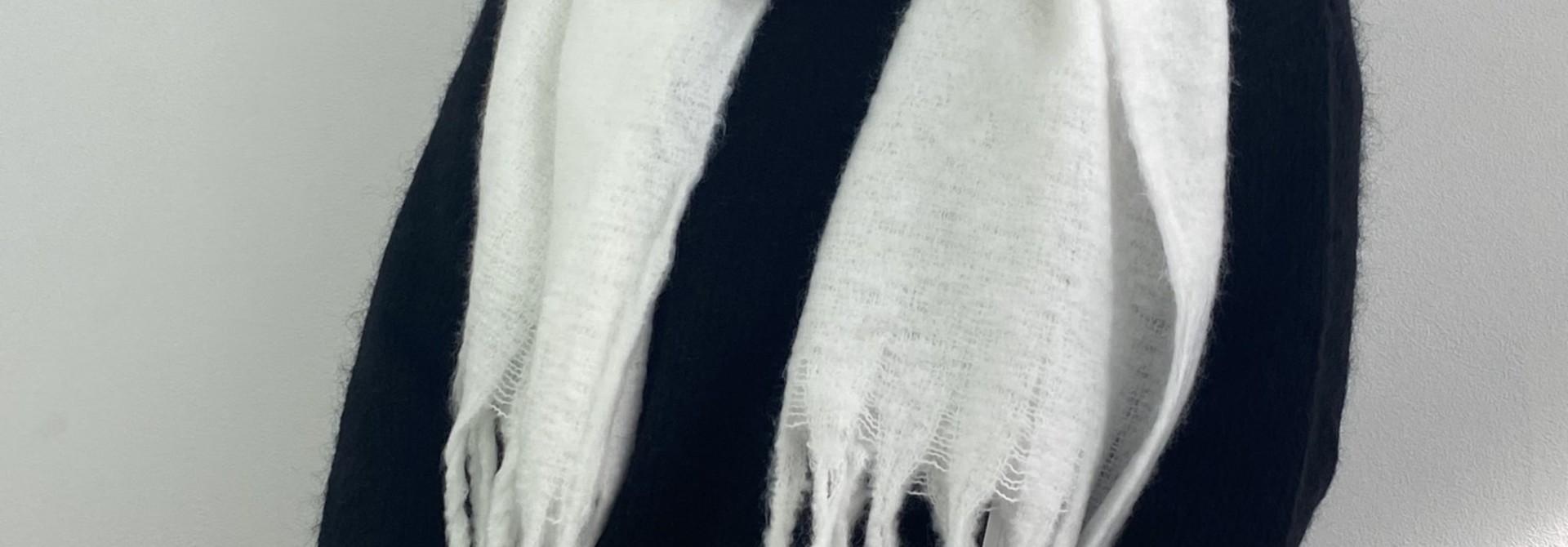Hondu essential scarf  White
