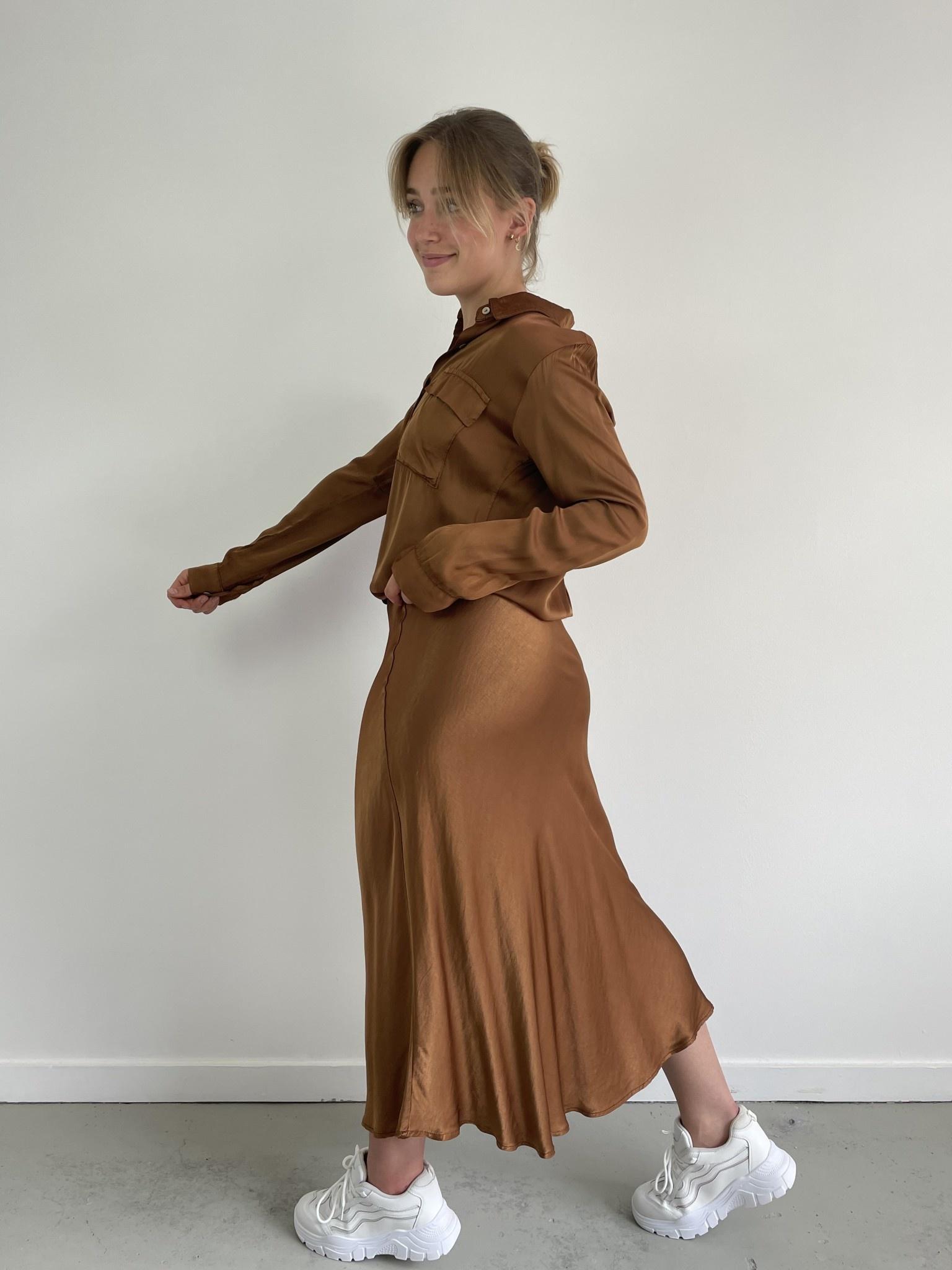 Babet satin skirt Camel-3