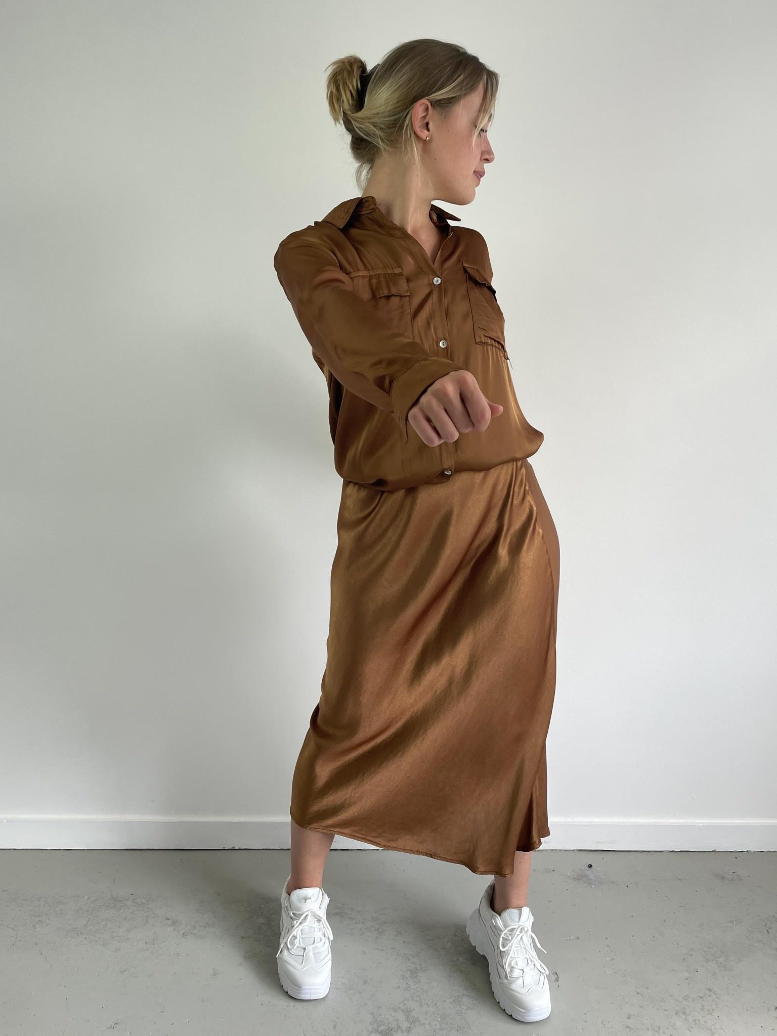 Nallé satin blouse Camel-3