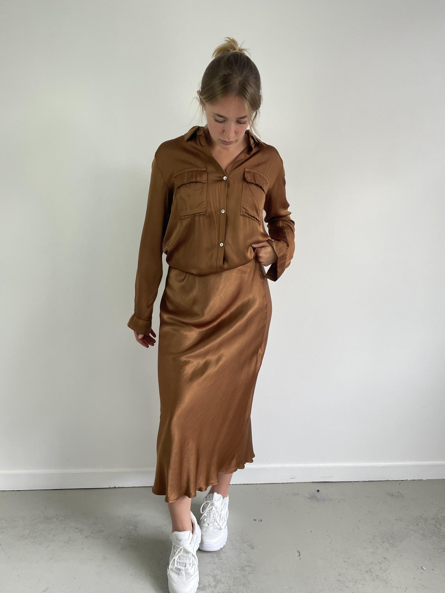 Nallé satin blouse Camel-2