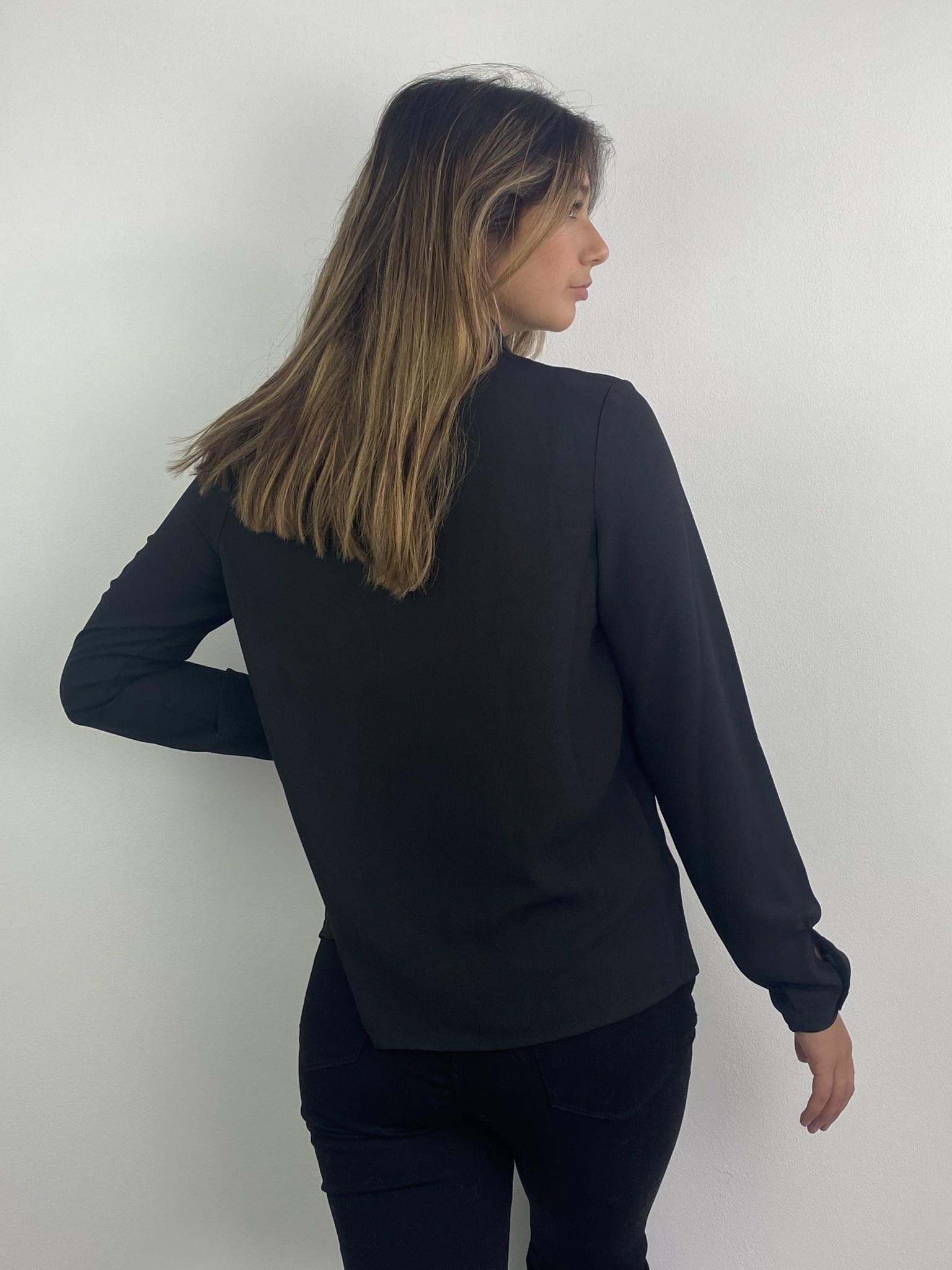 Tasmin broderie blouse Black-3