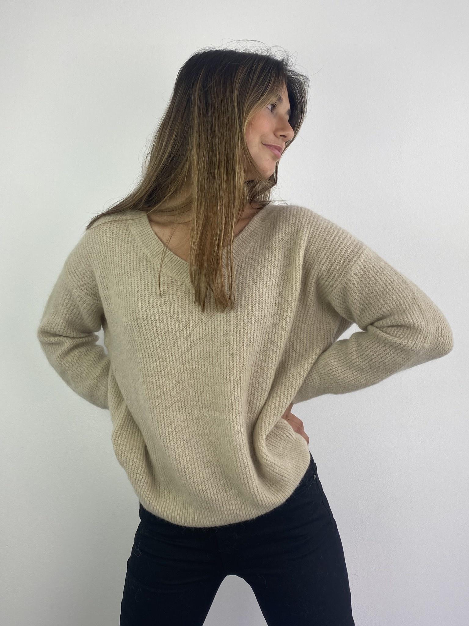 Louna v-neck knitted pull Beige-1