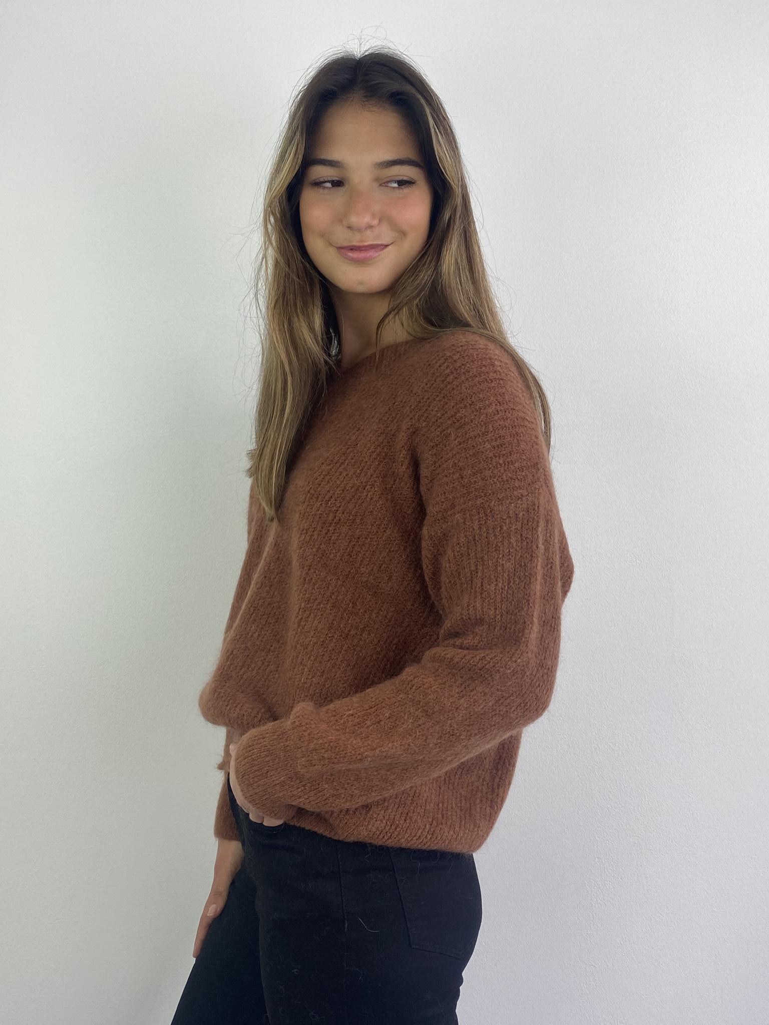 Louna v-neck knitted pull Chest-2