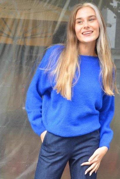 Easy boatneck knit Cobalt Blue