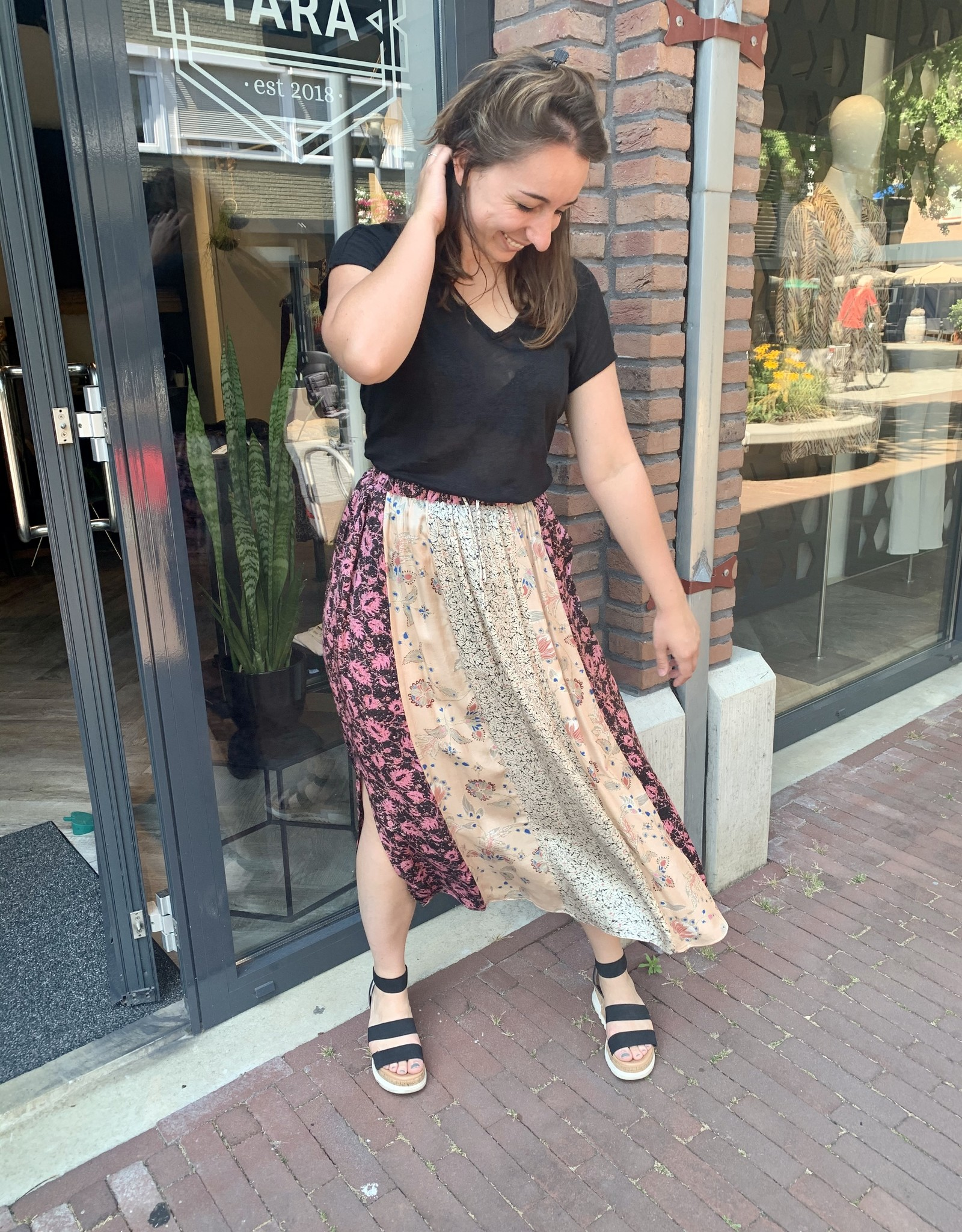 Second Female Neomi Maxi Skirt Cream Tan