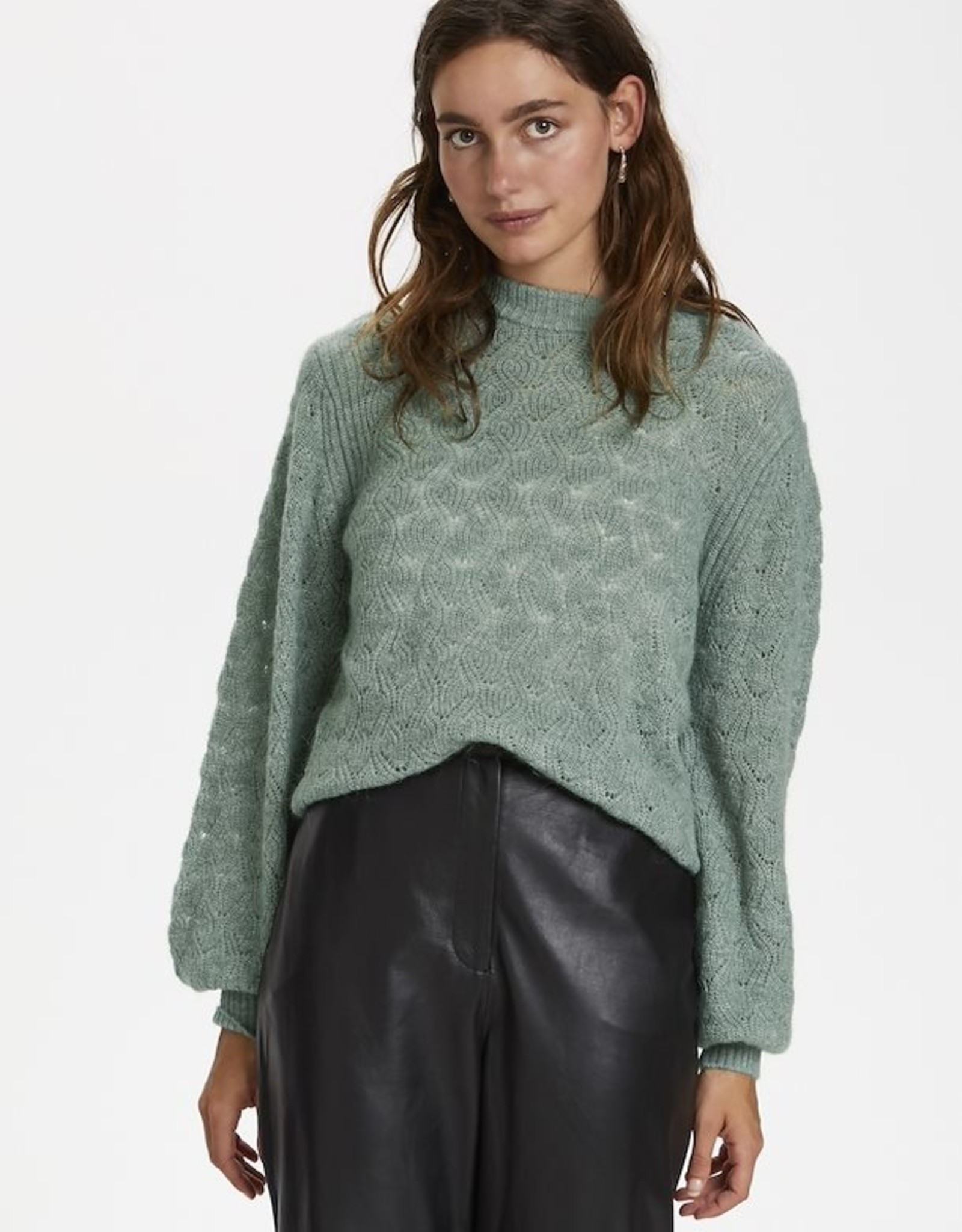 Soaked in Luxury Tuesday Pointa Pullover Hedge Green