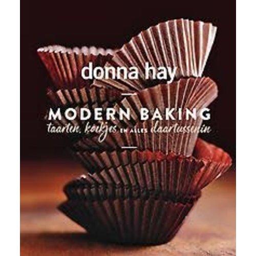 Donna Hay Modern Baking:Taarten, koekjes en alles daartussenin