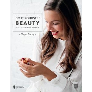 Do It Yourself Beauty - 25 haar & make-uplooks