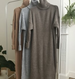 IG Knit dress camel