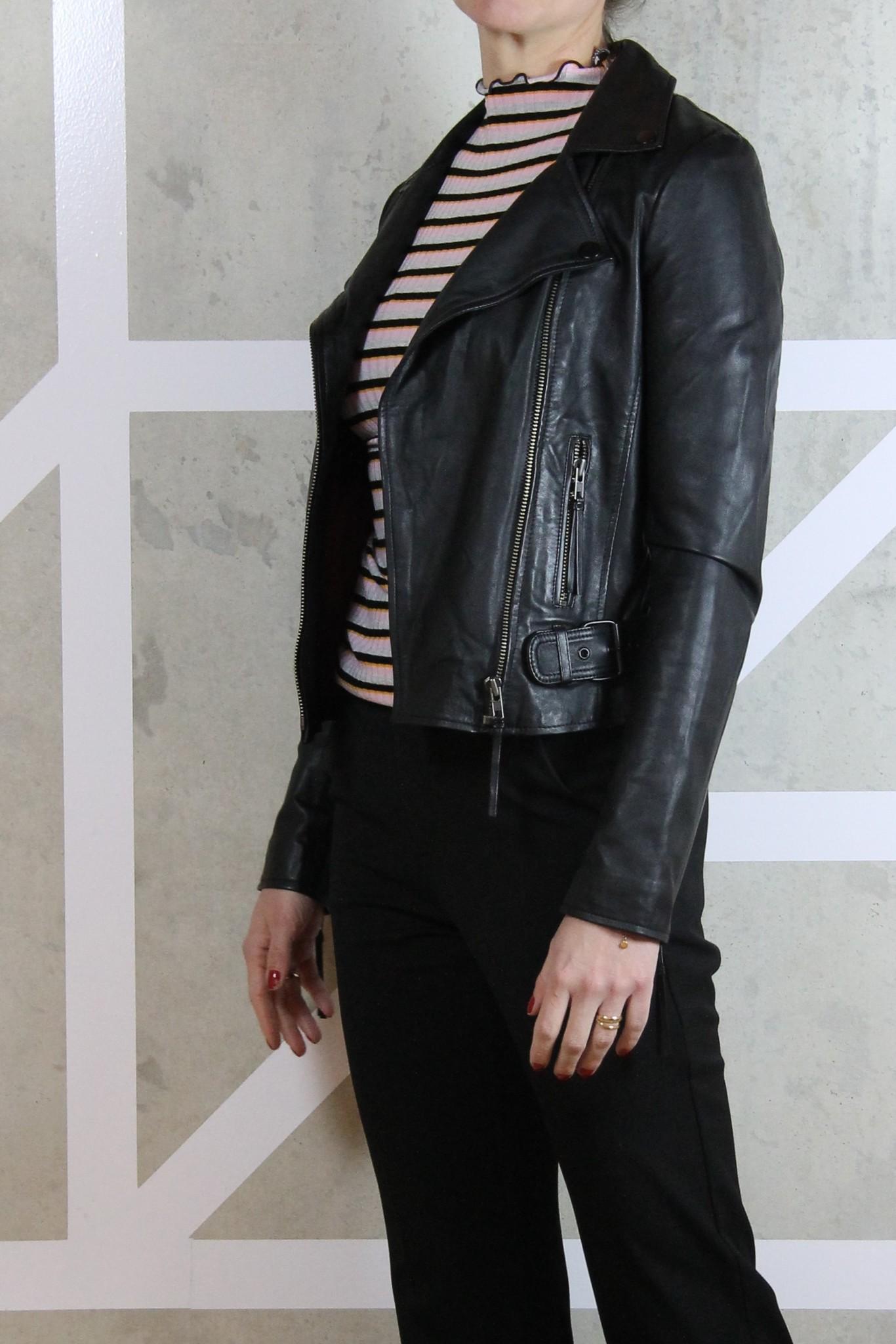 vika venice leather jacket-3