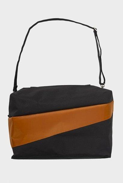 the new 24/7 bag |  black & sample