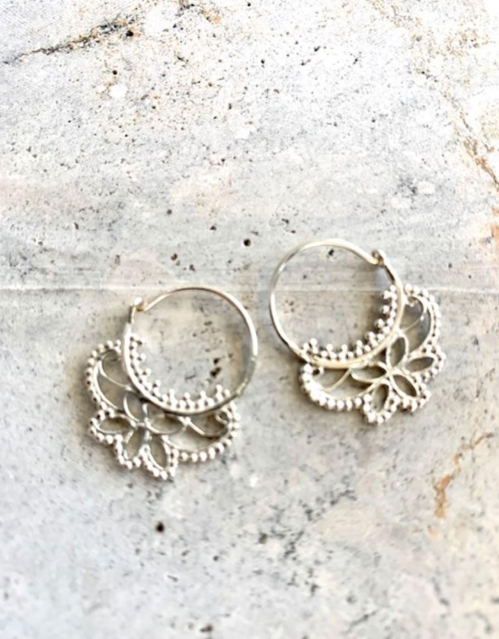 Creo Flower Silver