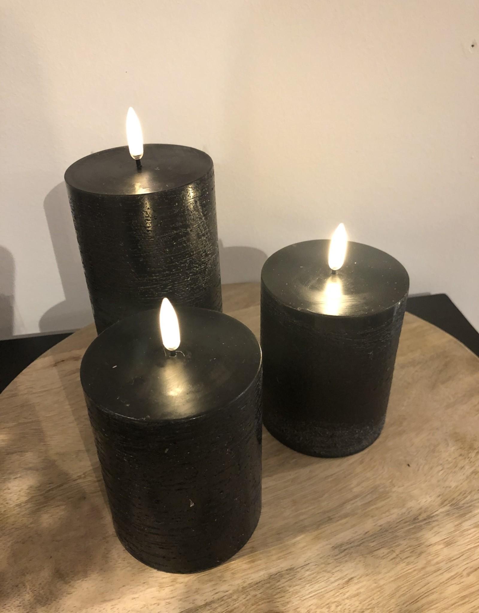 Piffany Pillar Candle LED 7,8x10cm Black