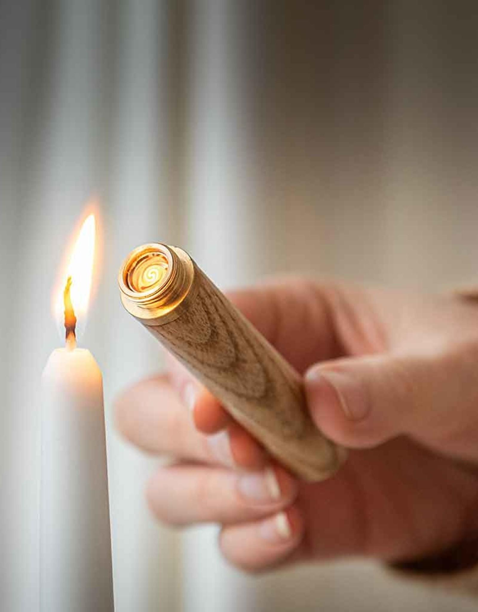 Gingko Flameless Lighter Walnut L: 10.3cm x W: 1.7cm x D: 1.7cm