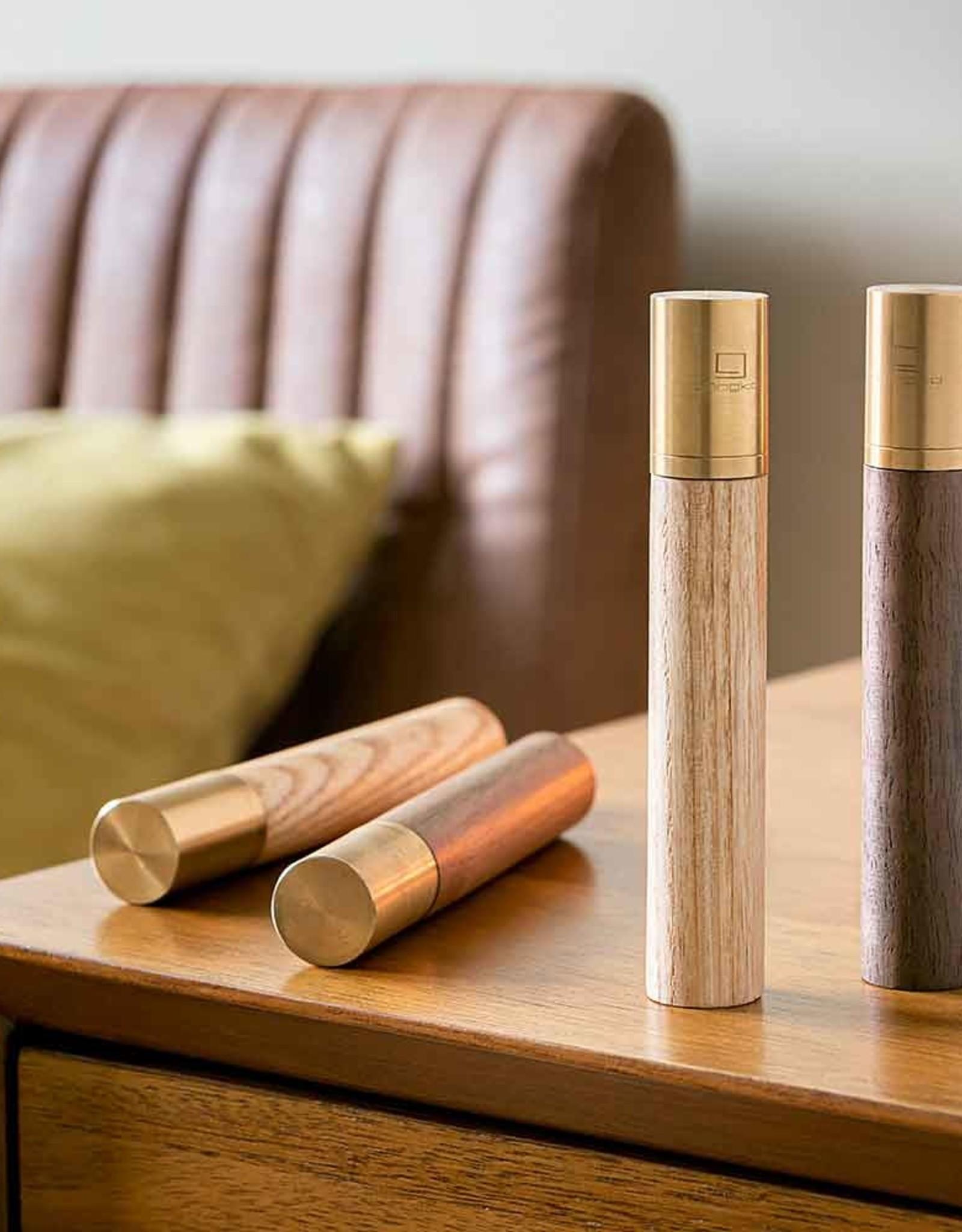 Gingko Flameless Lighter Ash L: 10.3cm x W: 1.7cm x D: 1.7cm