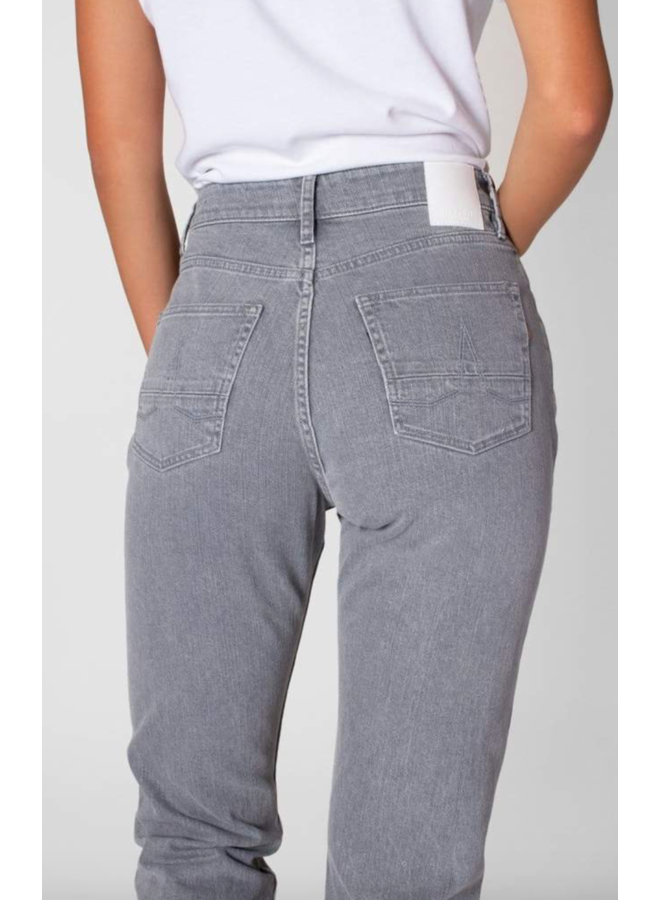Nora Loose Tapered Grey (Clay Coated)