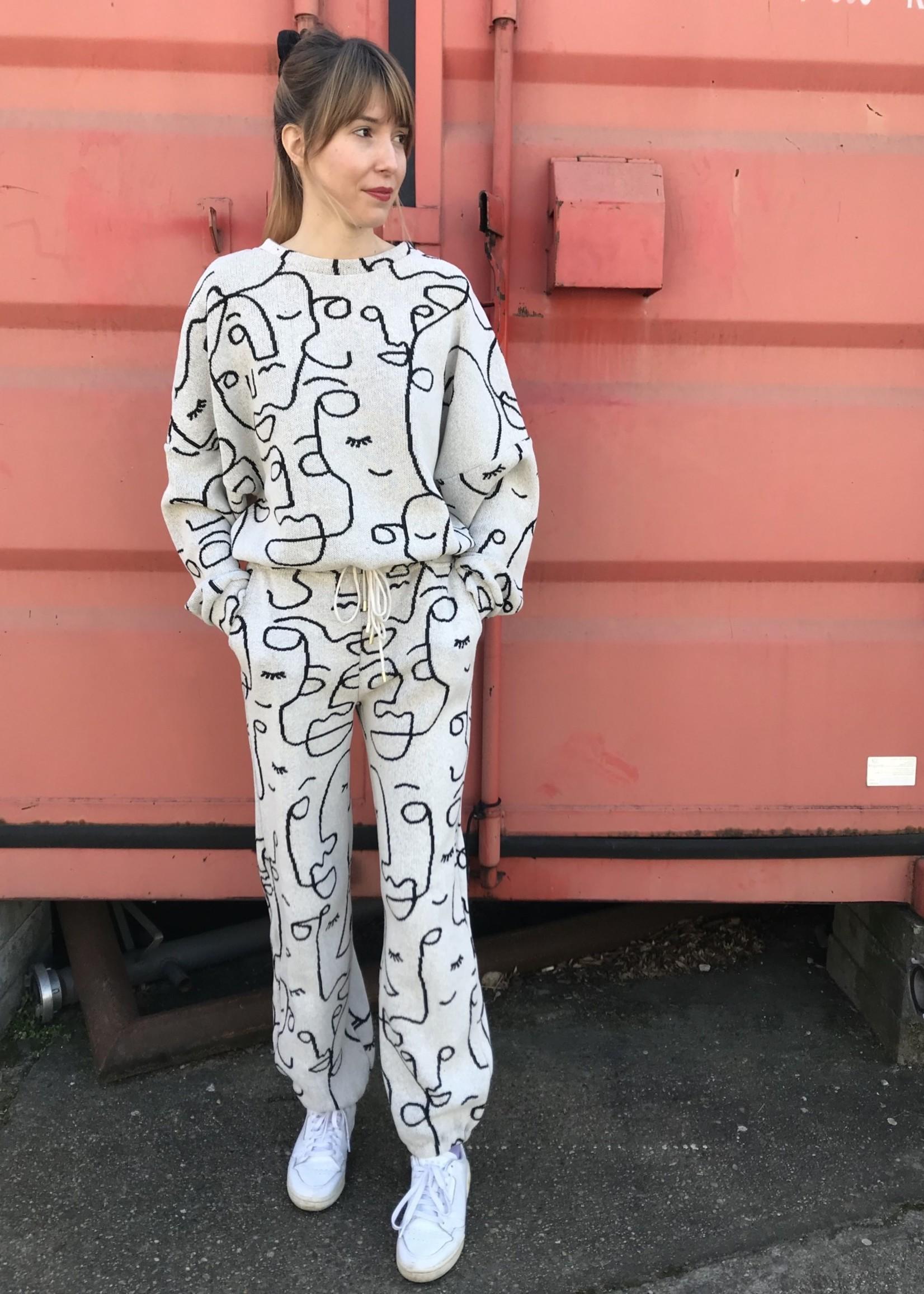 Eszka Faces Jogsuit - Sweater