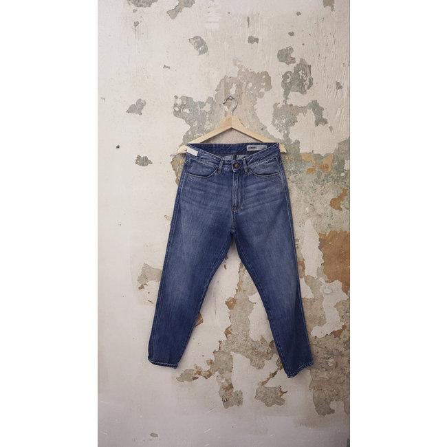 Adnym Atelier ACA 162 Market Blue