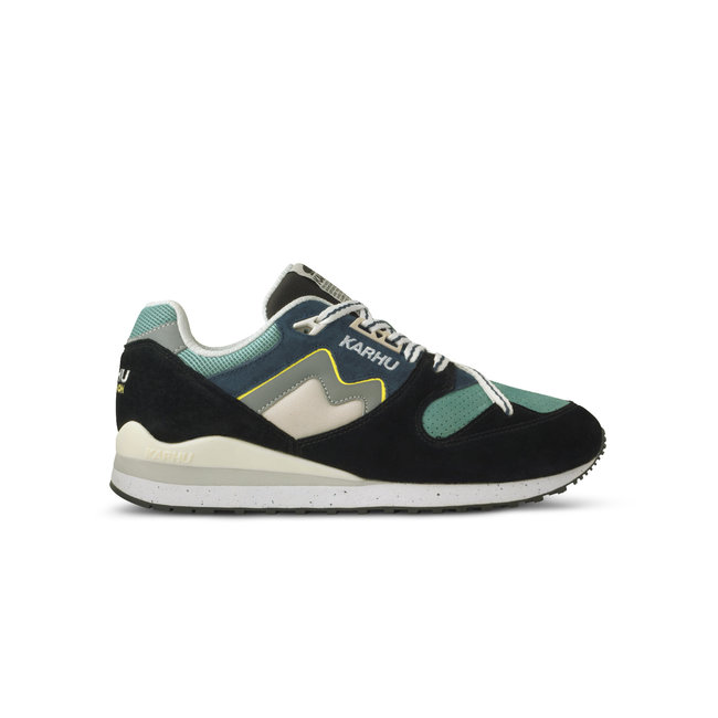 Karhu Synchron Classic Jet Black / Blue Wing Teal