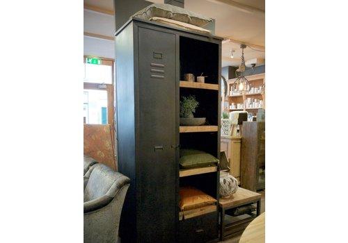 Industrieel Cabinet Lion