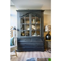 Showmodel Old farmhouse cabinet met glasdeuren