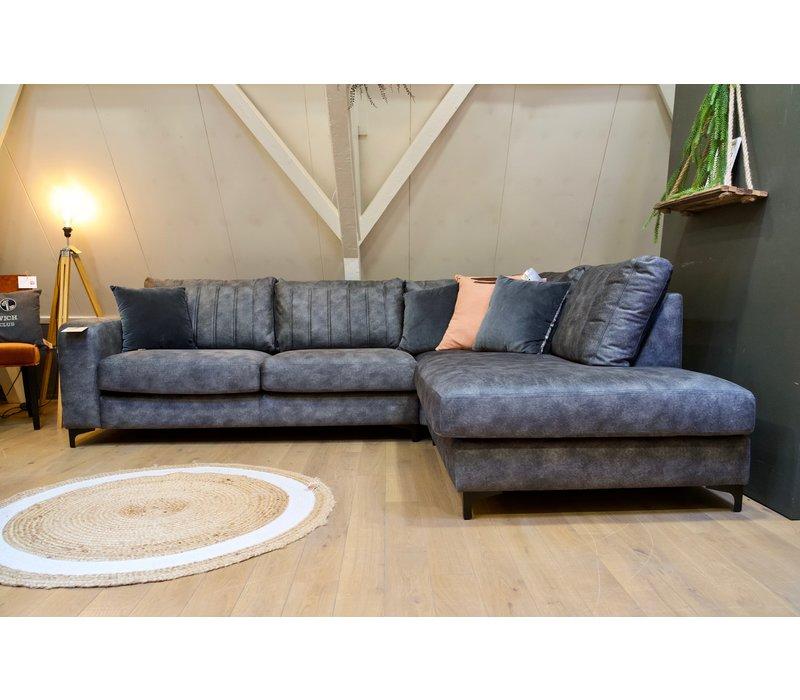 Loungebank Ryan showroom model