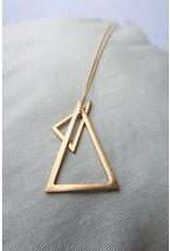 Eigen Kweek Halsketting lang met bolletjesketting, goudkleur, 80cm, 2 driehoeken