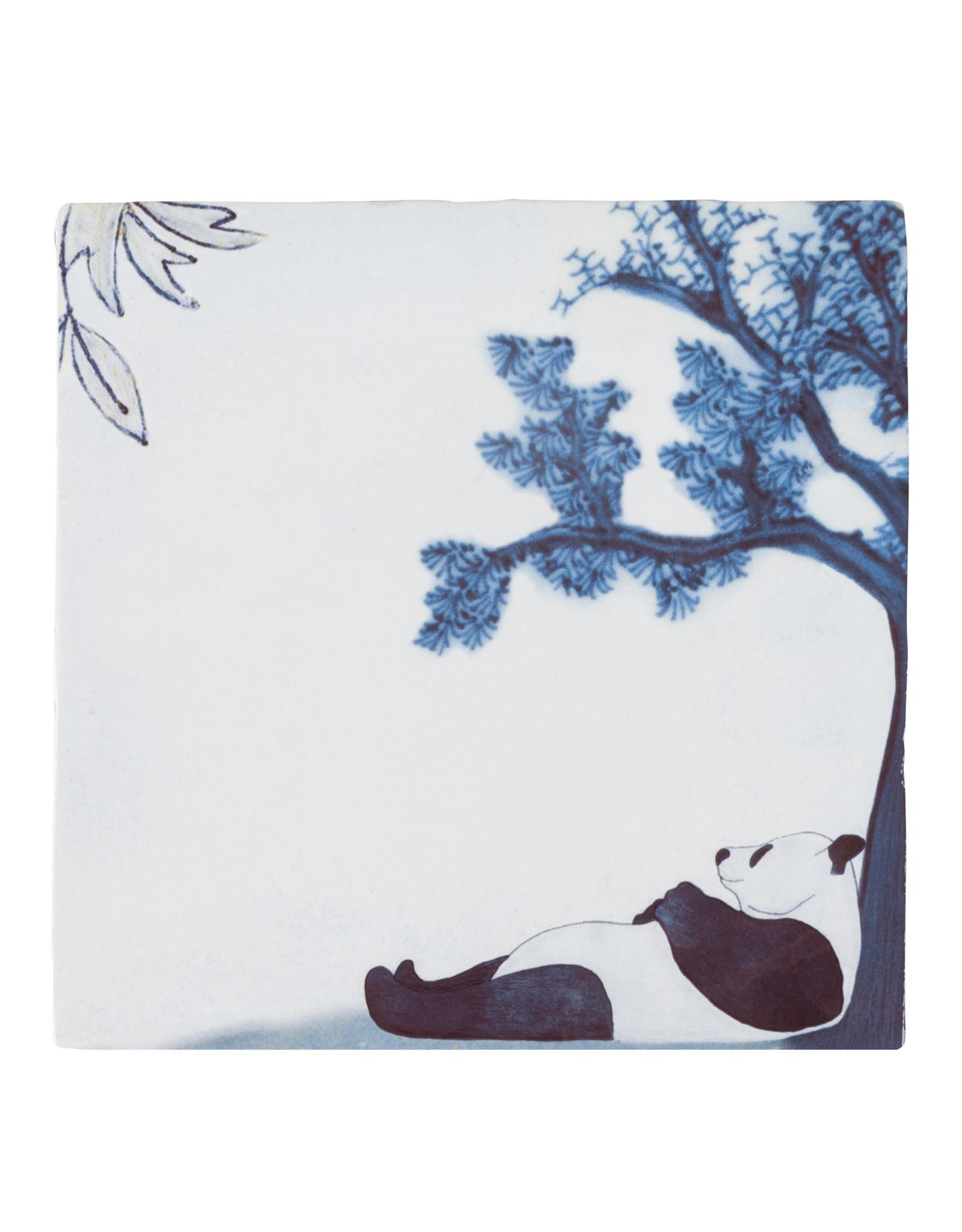 Storytiles Chilling panda