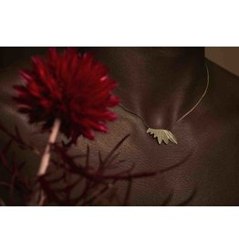 Nadja Carlotti Ketting Feathers - Messing verguld