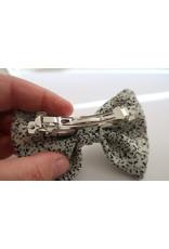 yumibow strik haarspeld wit met grijze spikkels