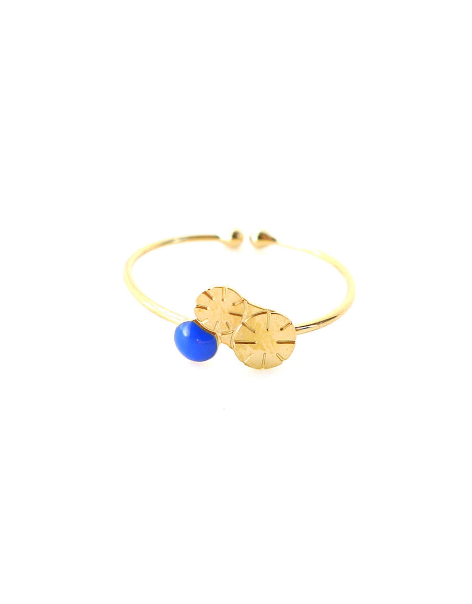 Nadja Carlotti Ring Berry - Pruisisch Blauw - Messing Verguld - Geïnspireerd op een bloem - Verstelbaar - Patroon B 0,9 x H 0,7 cm