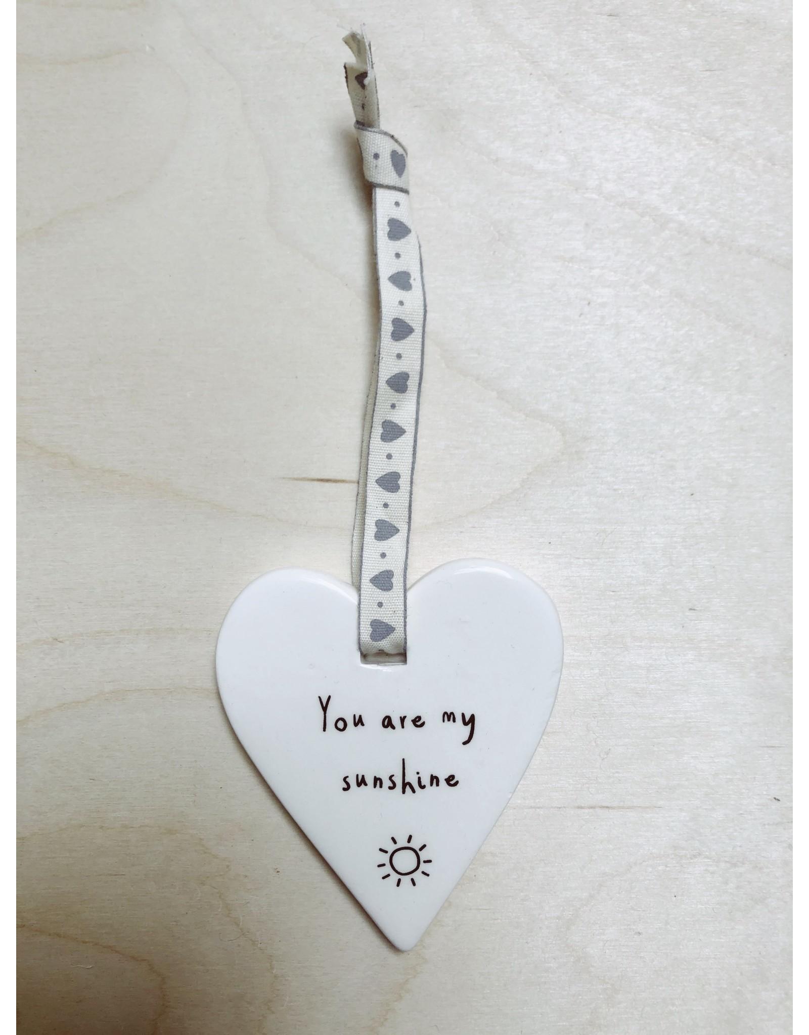 Sent and Meant Hanger Hartje  - Sunshine - Porselein - 7,5 x 7cm