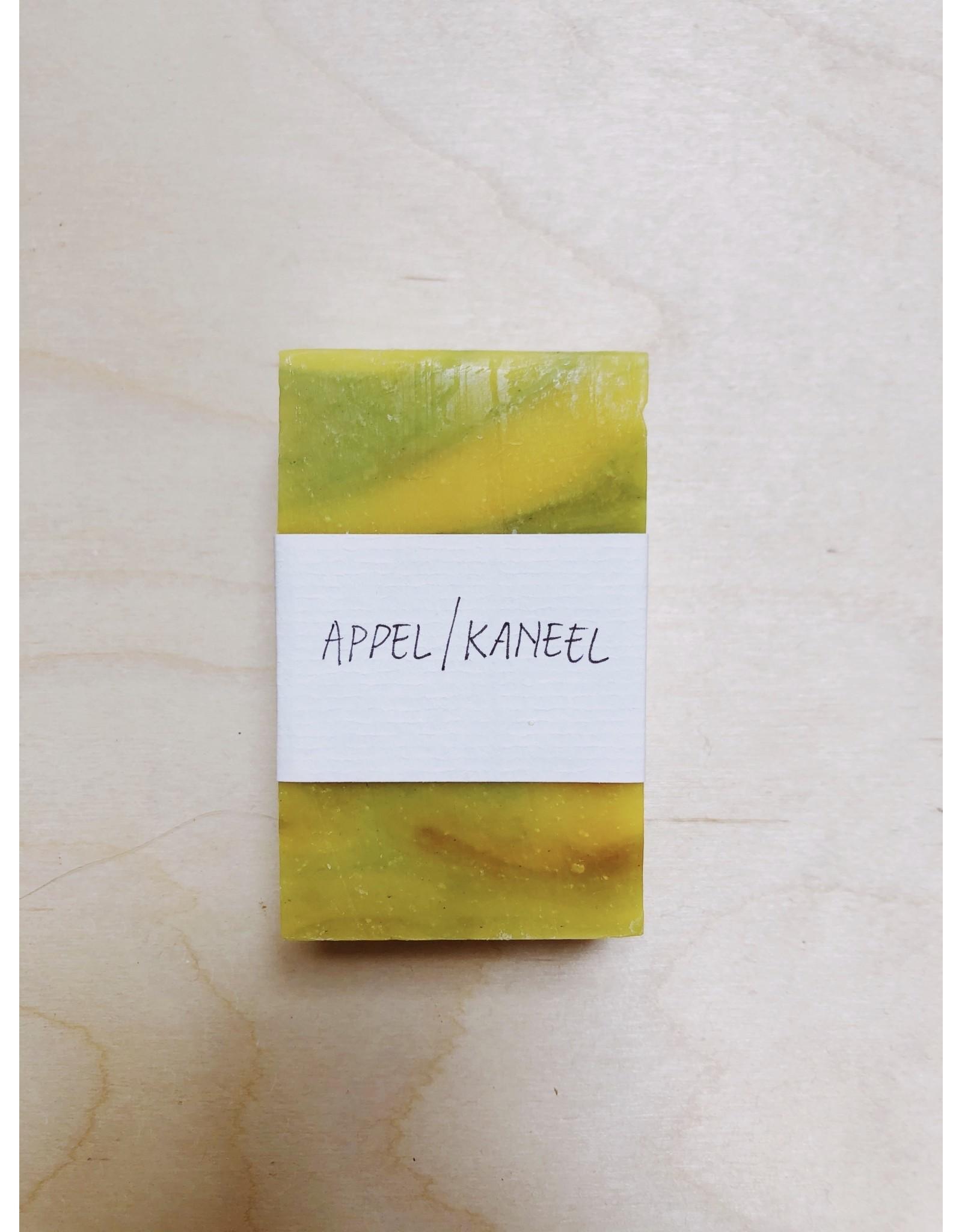 Kanika Zeep - Appel / Kaneel