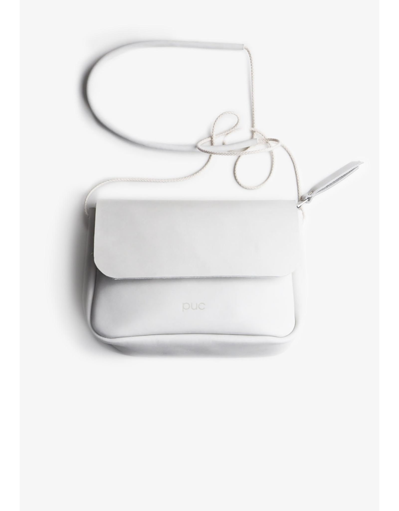 Puc City Trip | S | Off White |  synthetisch strap (super stevig!) sluiting: rits materiaal: rundleer // formaat: 20 x 15 x 8 cm