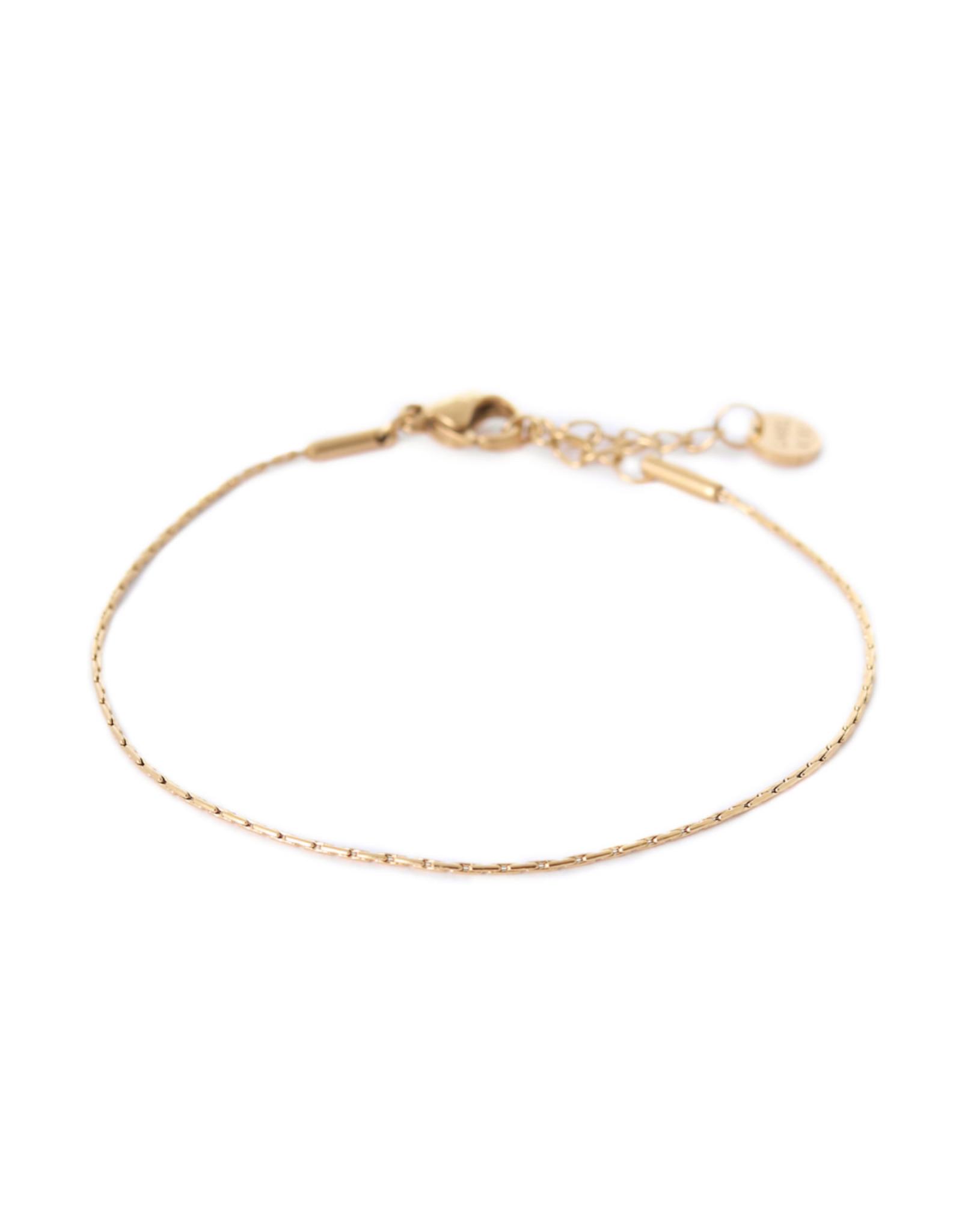 Label Kiki Armband - Tiny Bracelet Gold  - RVS - 16,5cm + 2,50 verlengketting