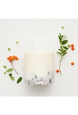 Munio Candela Candle - Ashberries & Bilberry leaves - Natural Soy Wax - 515ml - Dia 8cm x H 10cm - Burn Time 50h