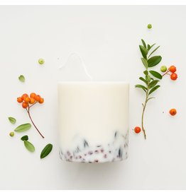 Munio Candela Kaars - Blokkaars - Ashberries & Bilberry leaves - Natural Soy Wax - 515ml - Dia 8cm x H 10cm - Burn Time 50h