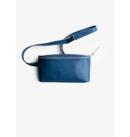 Puc Fanny Pack - Ocean Blue - 1 extra vak voor je mobiel - verstelbare band - materiaal: rundleer -  formaat: 24 x 13 x 6/3 cm