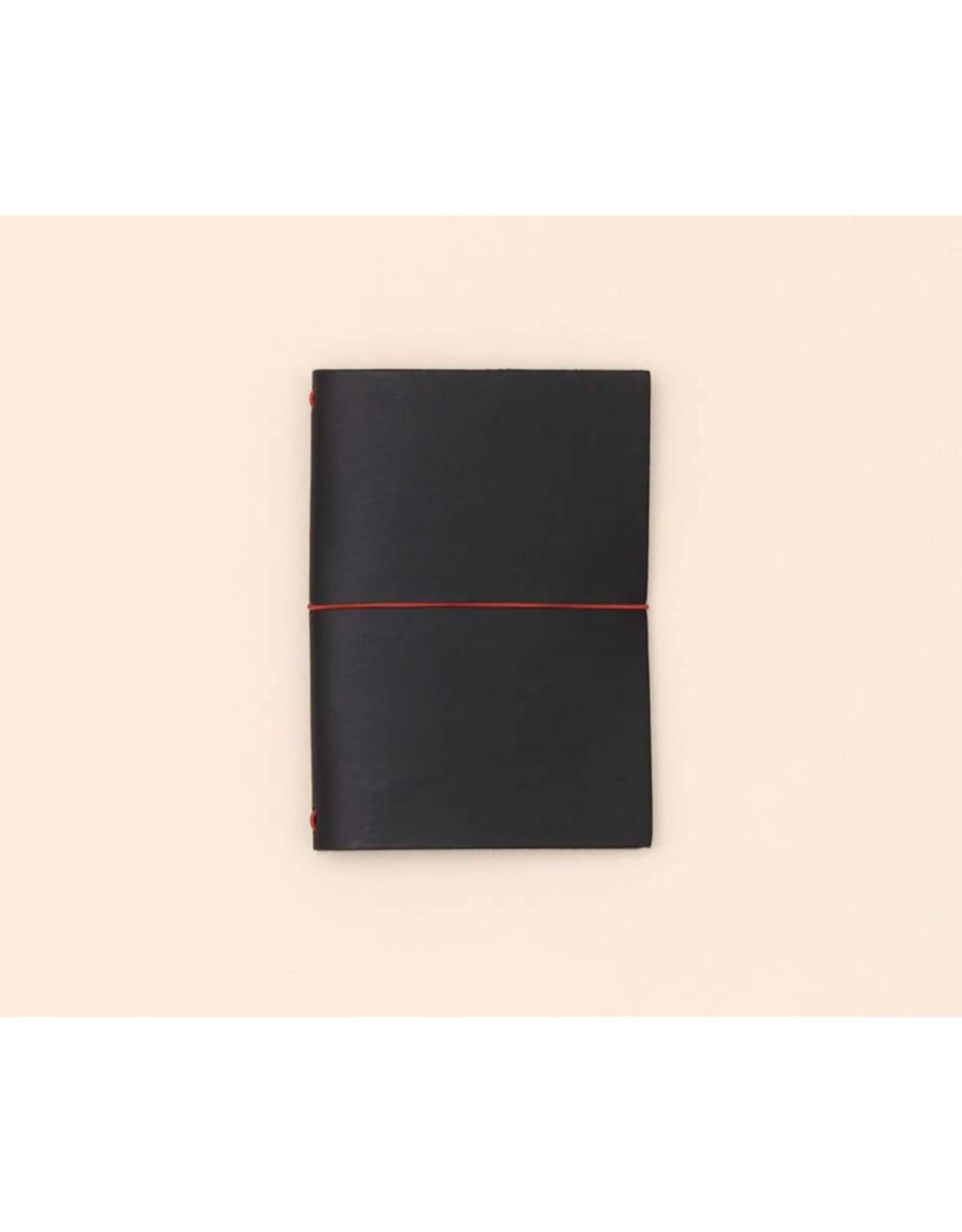 Paper republic Leather journal GSM  - Black -  8 x 15 -  with notebook 7 x 14  - Oranje rekker
