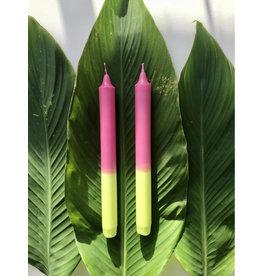 Studio-Sturmblau Kaars 1st. - Neon pink & Yellow - 2,3 x 25 cm - Hand dipped - Brandtijd 7u