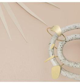Nadja Carlotti Ring Sédiment - Messing Verguld - Verstelbaar - Patroon B 1,8 x H 0,7 cm