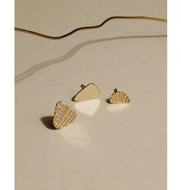 Nadja Carlotti Oorstud Rochers Lavezzi Trio - Messing verguld - Geïnspireerd op de rotsen van Lavezii eilanden - Klein 0,8 x 0,5 / Medium 0,6 x 1,1 / Groot 1 x 1,2